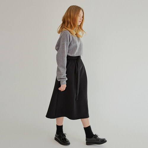 MG7F LONG FLARE SKIRT (BLACK)