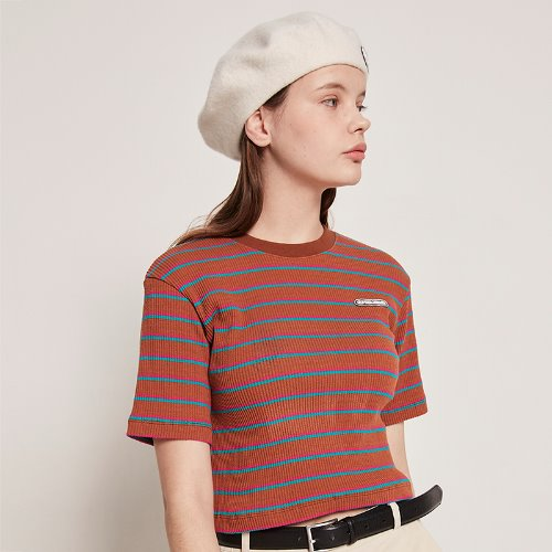 [2/18 예약] MG9S STRIPE LABEL CROP TEE (BROWN)