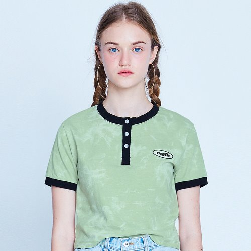 MG9S TIE DYE BUTTON CROP TEE (GREEN)